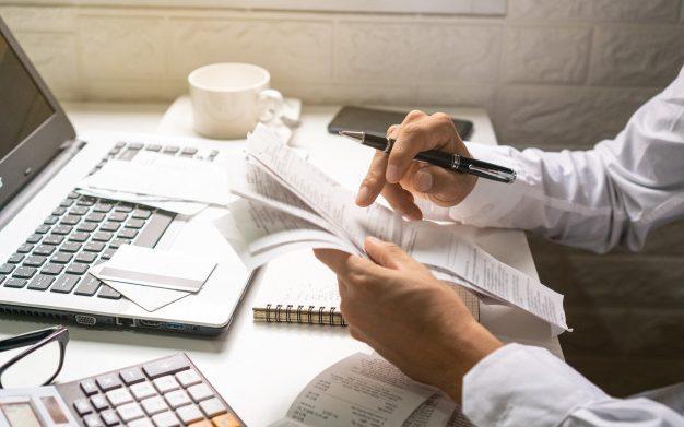 Administración de gastos y viajes